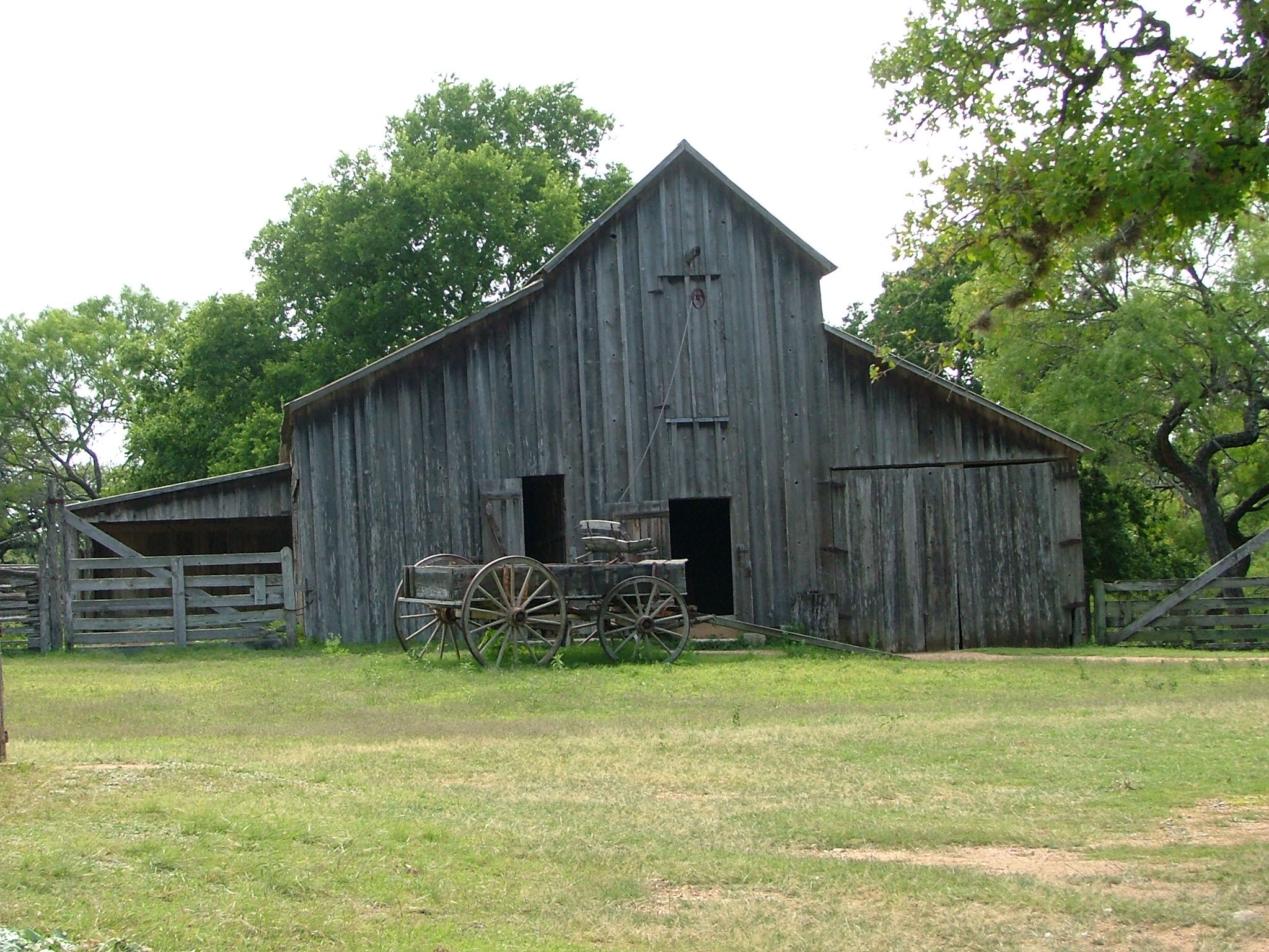 Hill country barn and wagon rustic images foundmyself for Old style barn plans