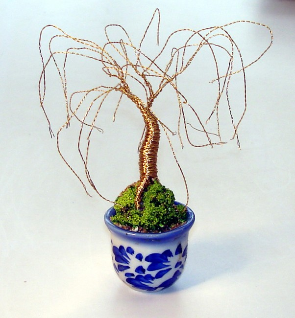 Mini Gold Willow, Wire tree Sculpture