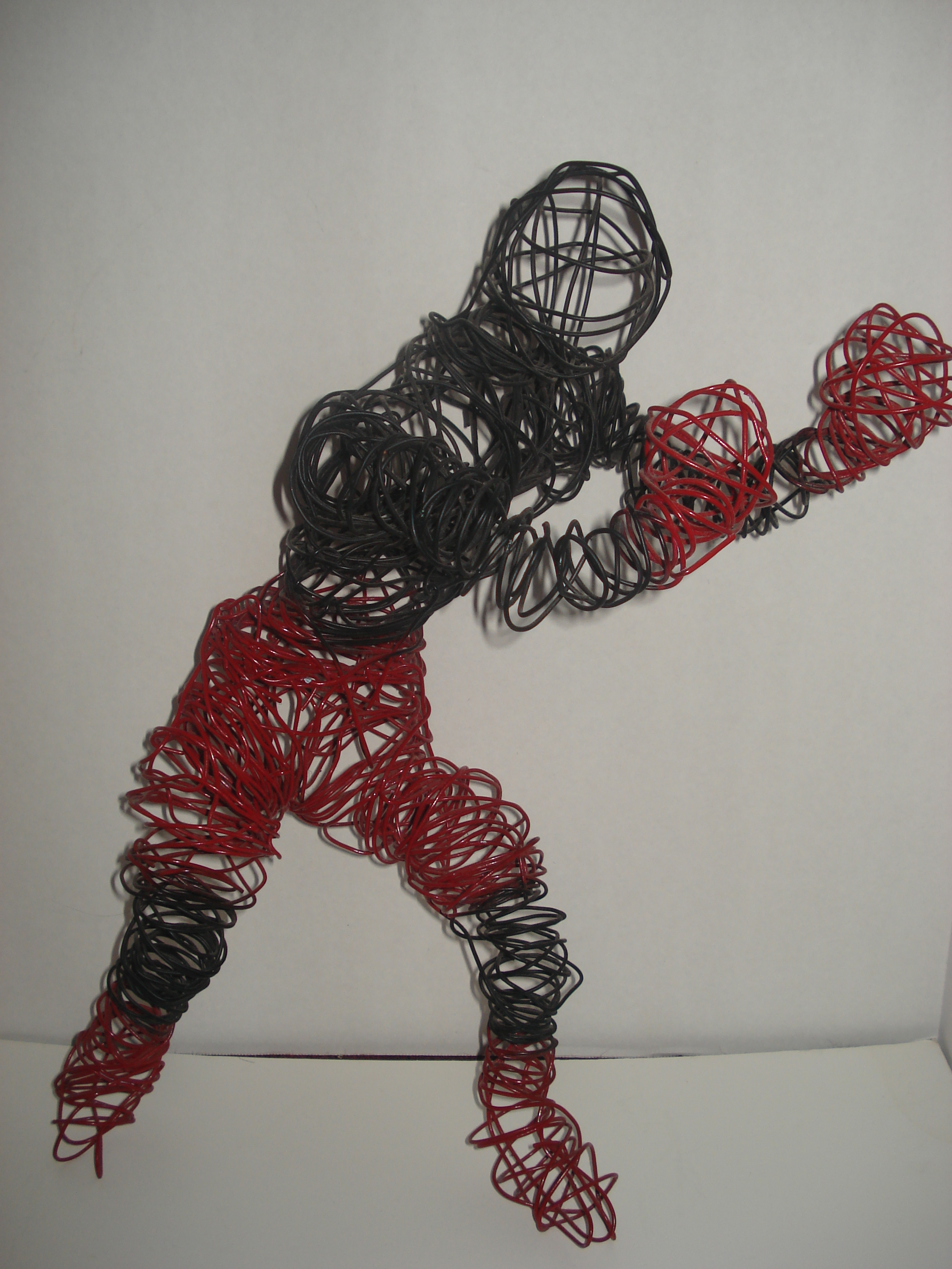Wire sculpture 1-1/2 ft | rtrice | Foundmyself