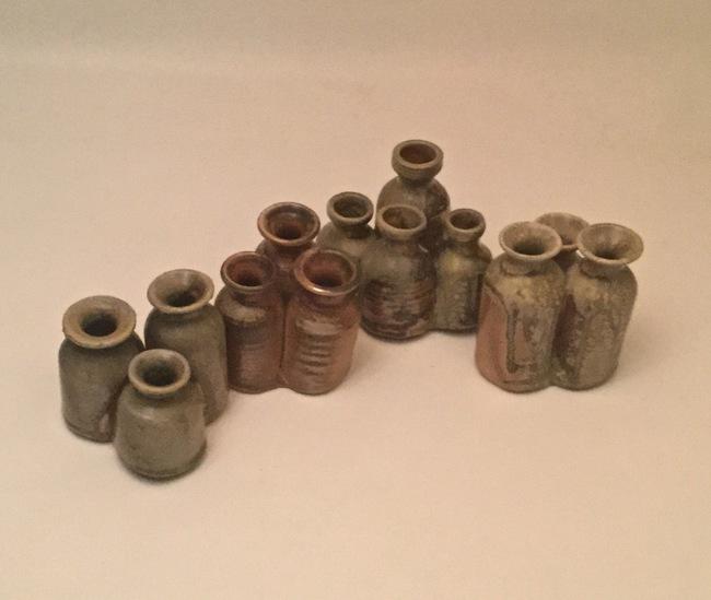 Four clusters of mini-pots
