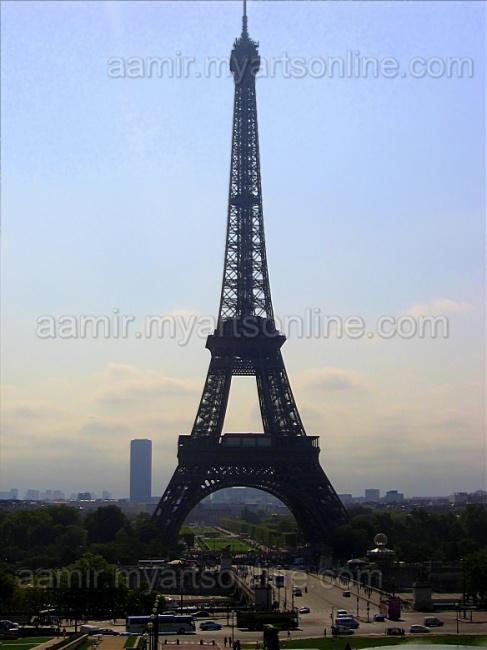 Eiffel Tower under Sun